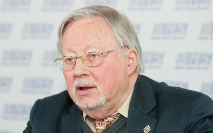 V. Landsbergis. Kijeve ir pasaulyje