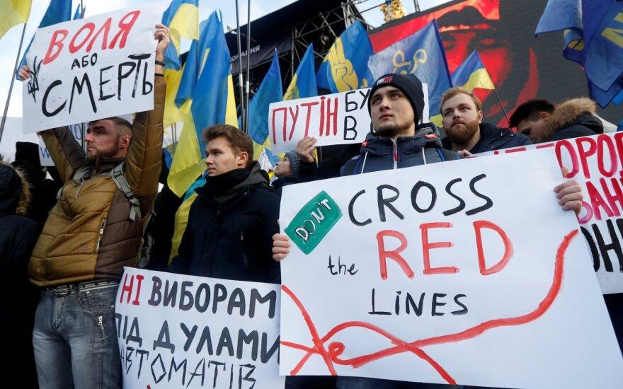 Kijeve – akcija Zelenskiui perspėti