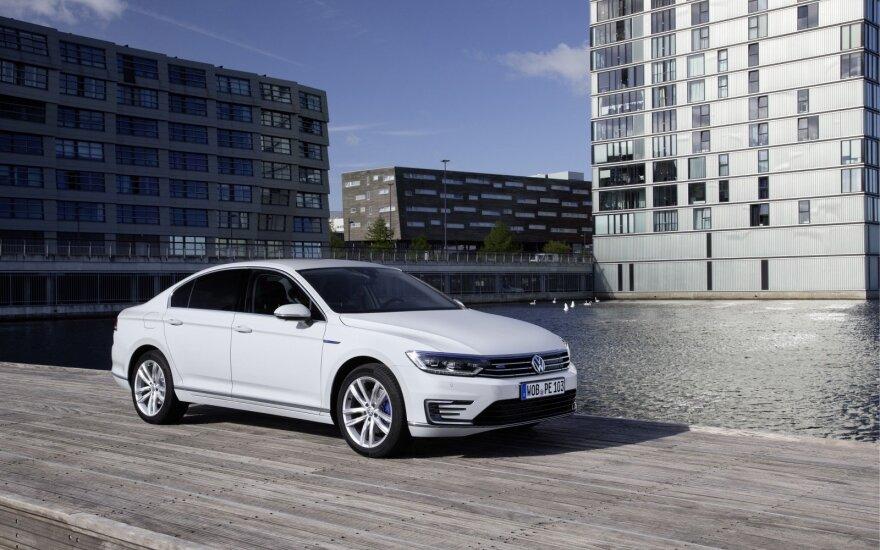 """Daugiausiai pernai Lietuvoje parduota naujų """"Volkswagen"""" automobilių"""