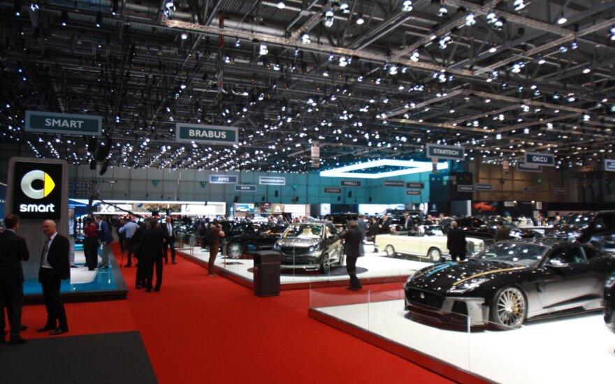 Dėl koranaviruso Šveicarija atšaukia Ženevos automobilių parodą
