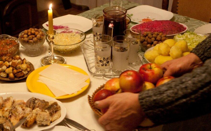 Palygino Kūčių stalo kainas Lietuvoje ir Lenkijoje: skirtumas visai kitoks, nei manote