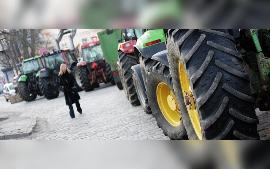 Ūkininkų protesto akcija: į kelius Kauno rajone išriedės 150 traktorių