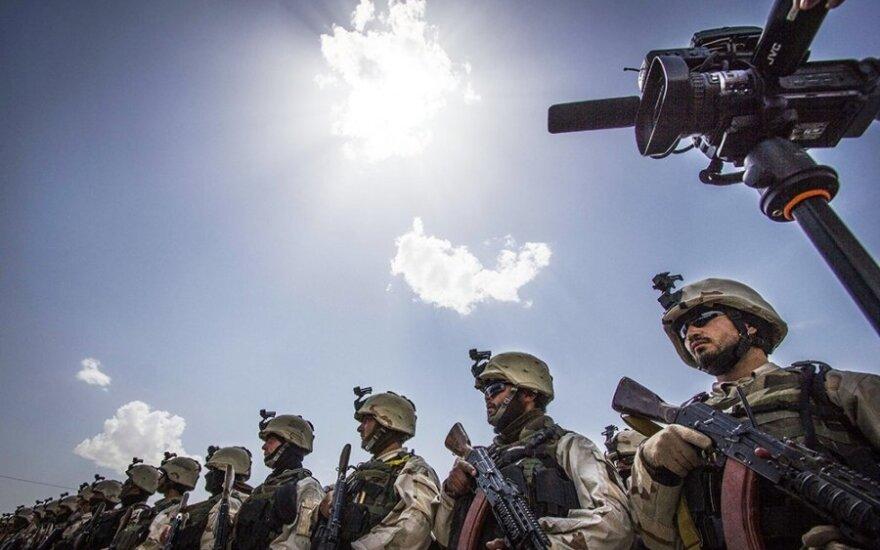 Septynios NATO šalys apsisprendė: steigs karių pajėgas