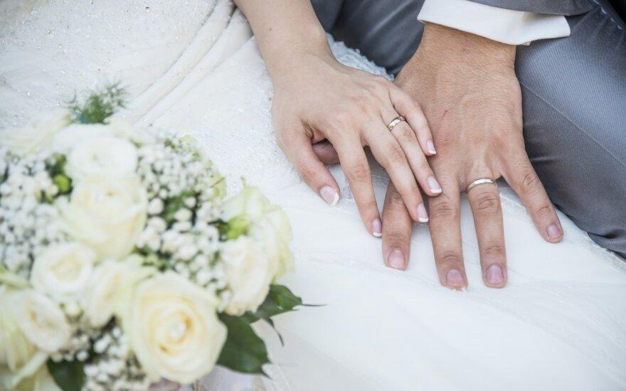 Po santuokos sudarymo – staigmena: nežinojome, kad skelbiami tokie duomenys