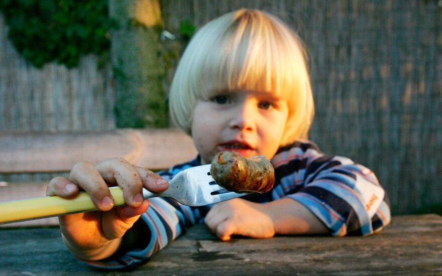 Gydytojas: tėvai, visai nepagalvodami, patys kenkia savo vaikams