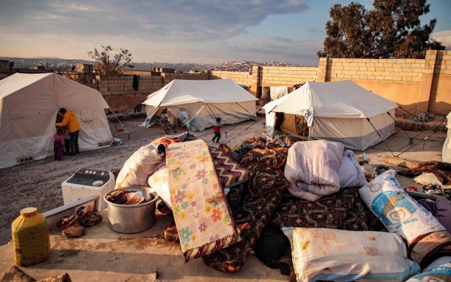 Koronavirusas pirmą kartą nustatytas pabėgėlių stovykloje Sirijos šiaurės rytuose