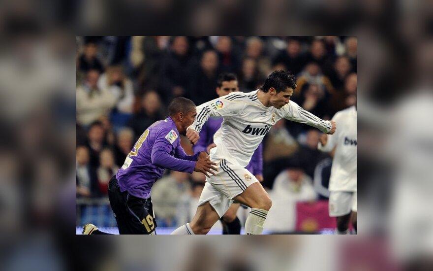 Už šį epizodą C.Ronaldo buvo nubaustas raudona kortele