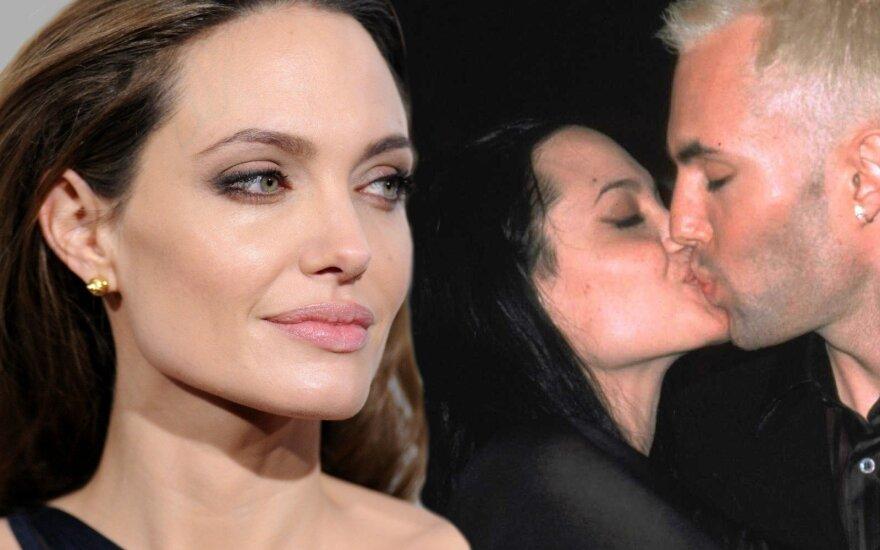 Angelina Jolie ir Jamesas Havenas