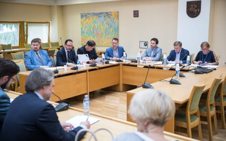 Svarsto keisti žiniasklaidos projektų finansavimo modelį: kyla klausimų dėl spaudos laisvės