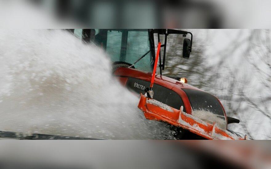 Brangsta Kauno gatvių sniego valymo ir barstymo darbai