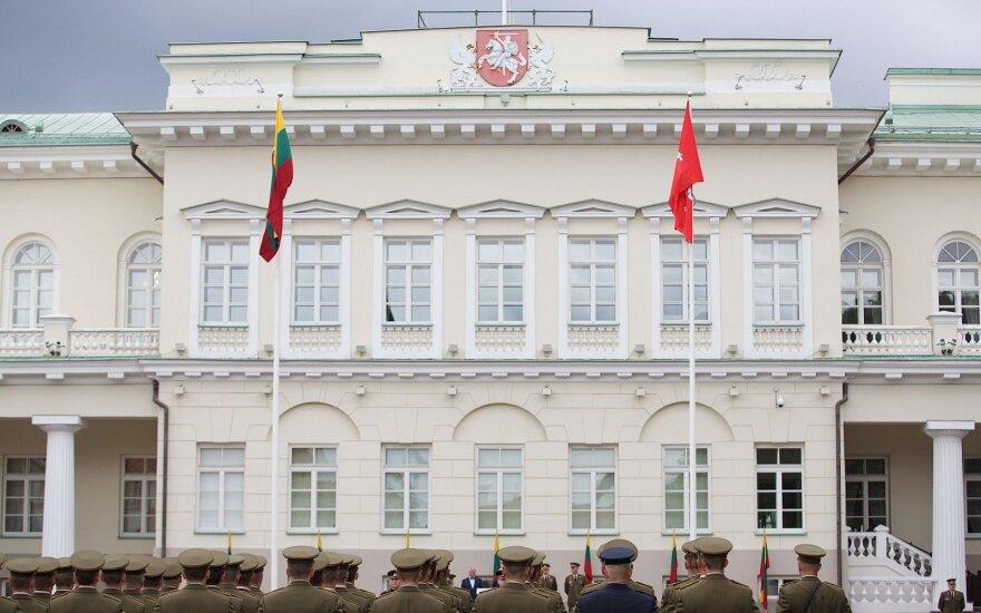Prezidentūra dar kartą kreipsis į STT dėl E. Šato galimybių eiti pareigas