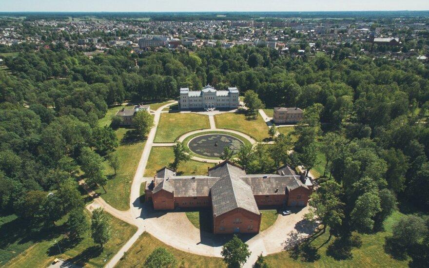 Plungėje – tarptautinė konferencija apie istorinius parkus, jų priežiūrą ir atnaujinimą