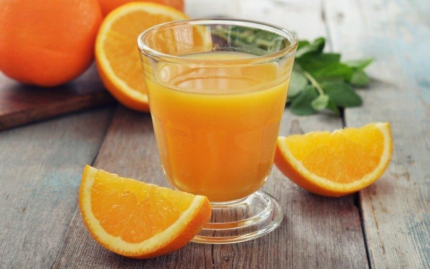 ES atsakas: grasina apmokestinti riešutų sviestą, apelsinų sultis, gėrimus