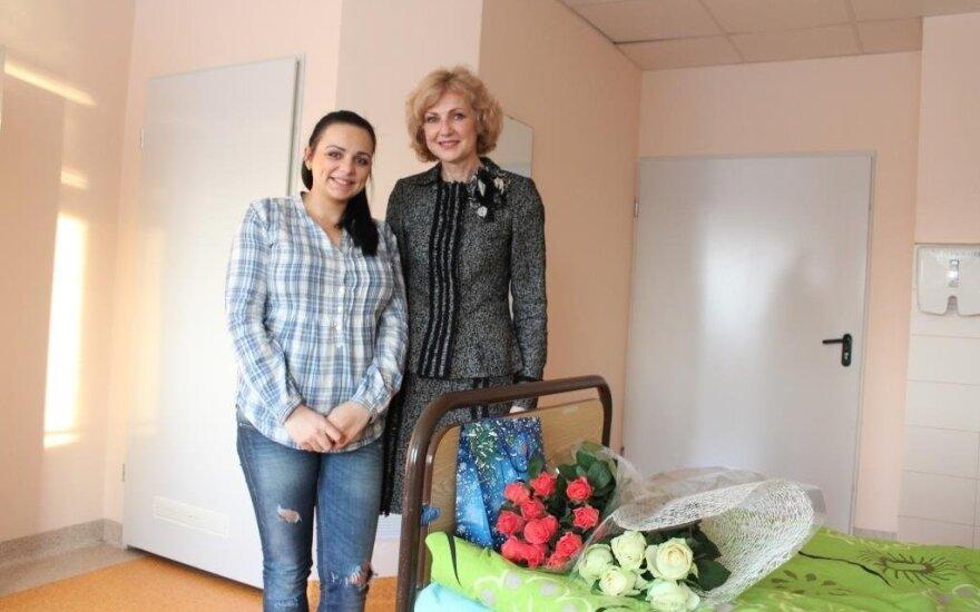 V. Gibienė su gimdyve