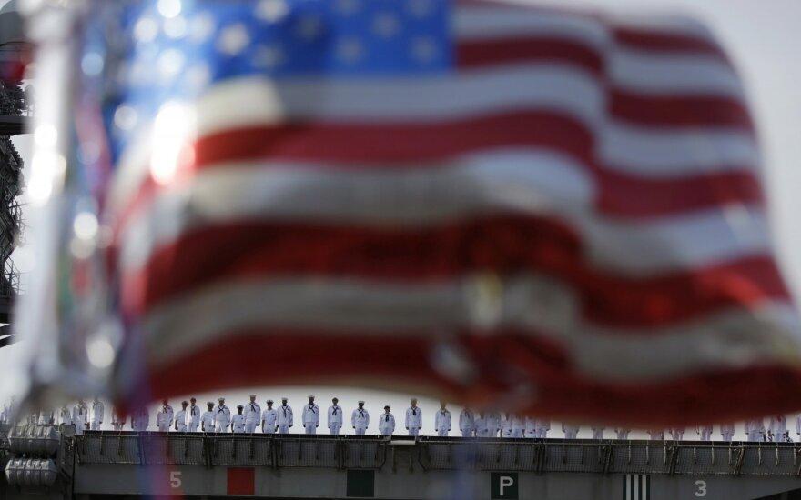 JAV karinis jūrų laivynas atlieka tyrimą dėl jūrų pėstininkių nepadorių nuotraukų platinimo
