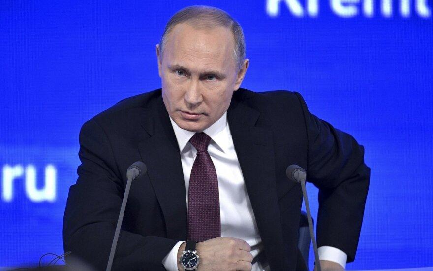 V. Putinas: Vakarai mums užlipo ant galvos