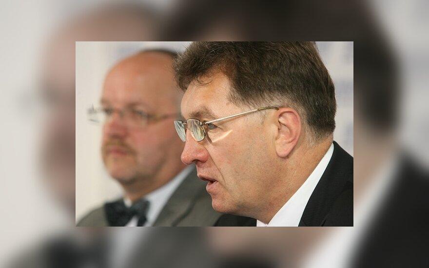 A.Butkevičius: pensininkai taps bankų ir nusikaltėlių įkaitais