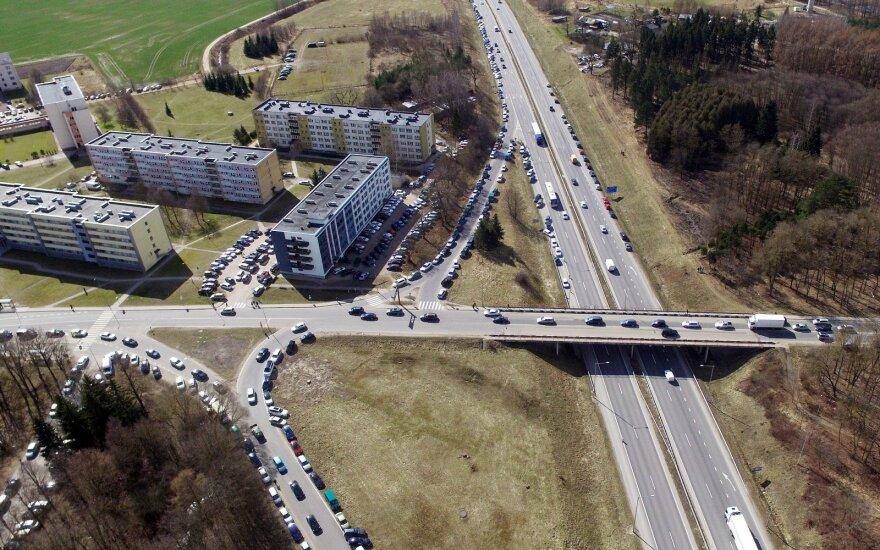"""""""Via Baltica"""" rekonstrukcija supriešino kelininkus ir gyventojus"""