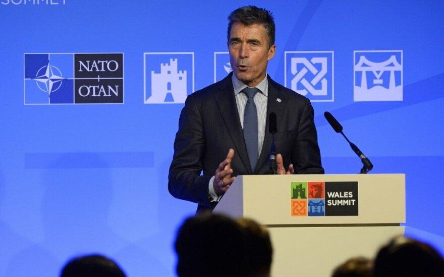Buvęs NATO vadovas: Rytų Europoje gali būti dislokuotos nuolatinės Aljanso bazės