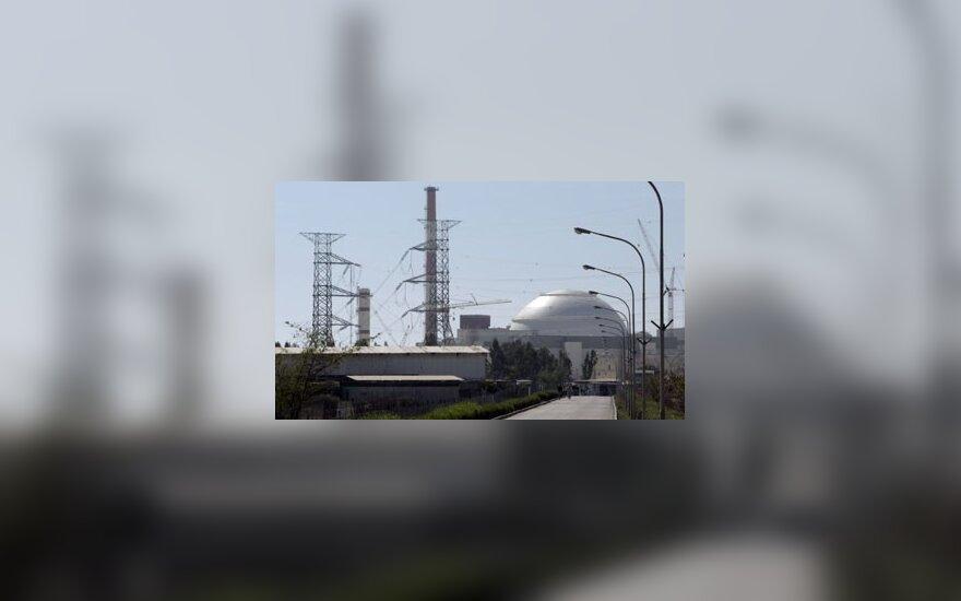 Iranas planuoja statyti branduolių sąlajos reaktorių