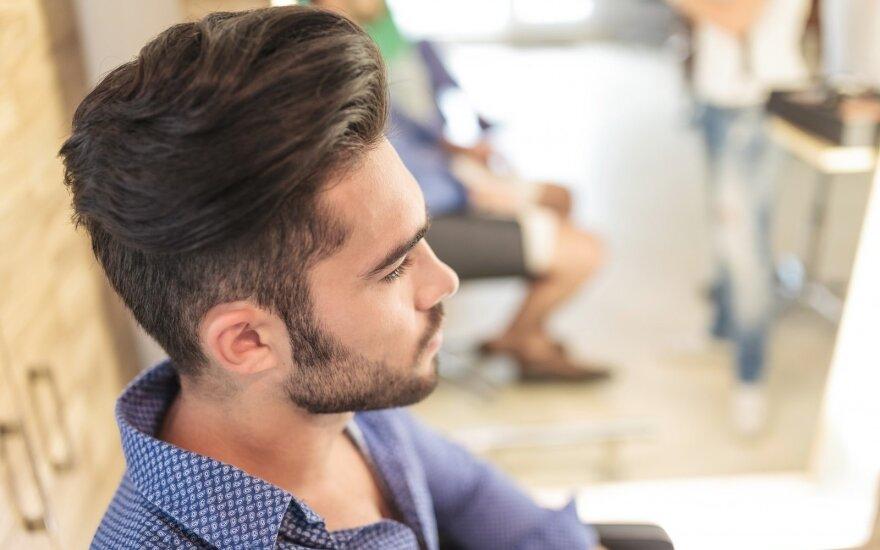 Plaukų stilistas: vyrai tampa įnoringesniais klientais net už moteris