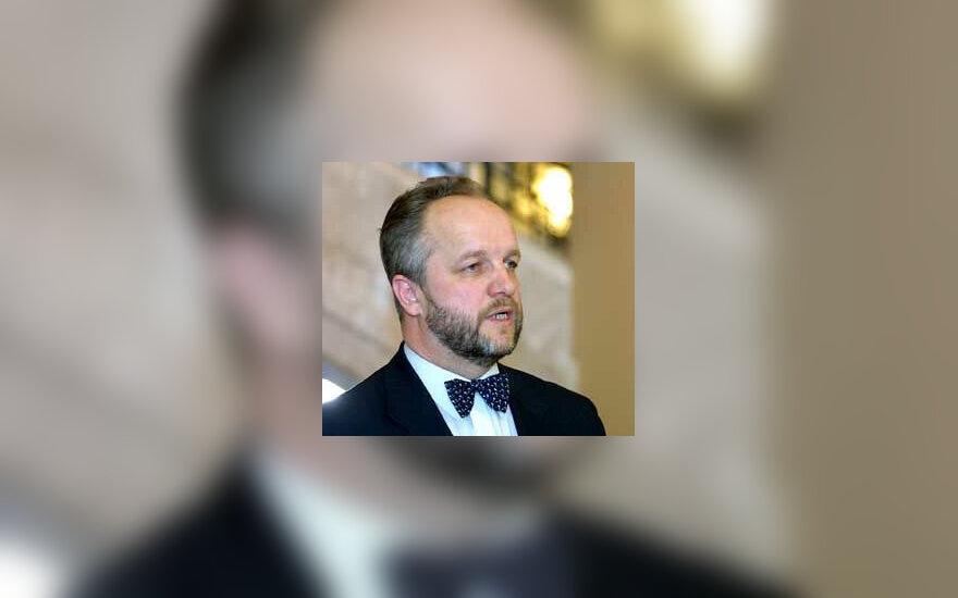 J.Olekas