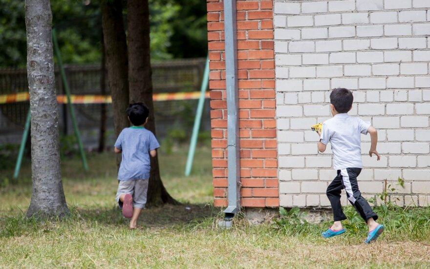 Migrantų šeimoms – geros žinios iš teismų: jiems bus neribojama laisvė