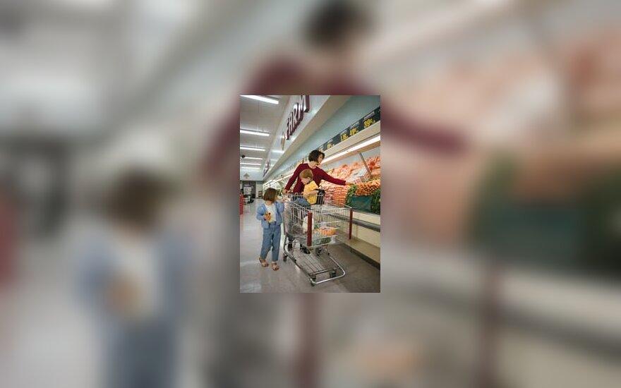 Parduotuvė, šeima, motina su vaikais