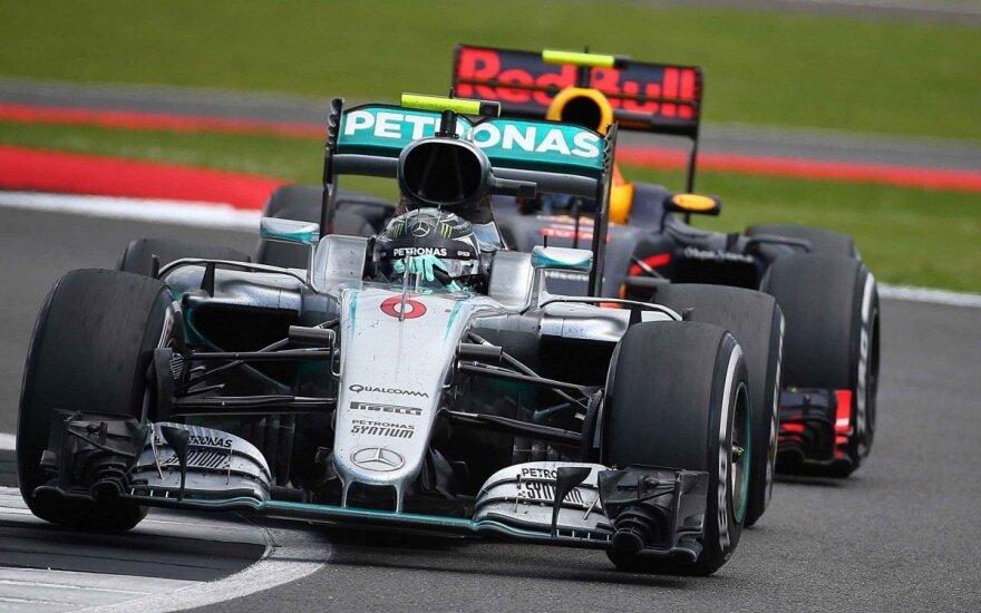 Vos vienu tašku pirmaujančiam N. Rosbergui gresia dar viena bauda
