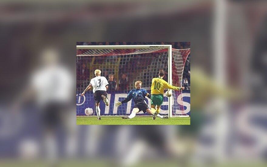 Tomas Ražanauskas Europoje išgarsėjo pasiuntęs kamuolį į O. Kahno vartus