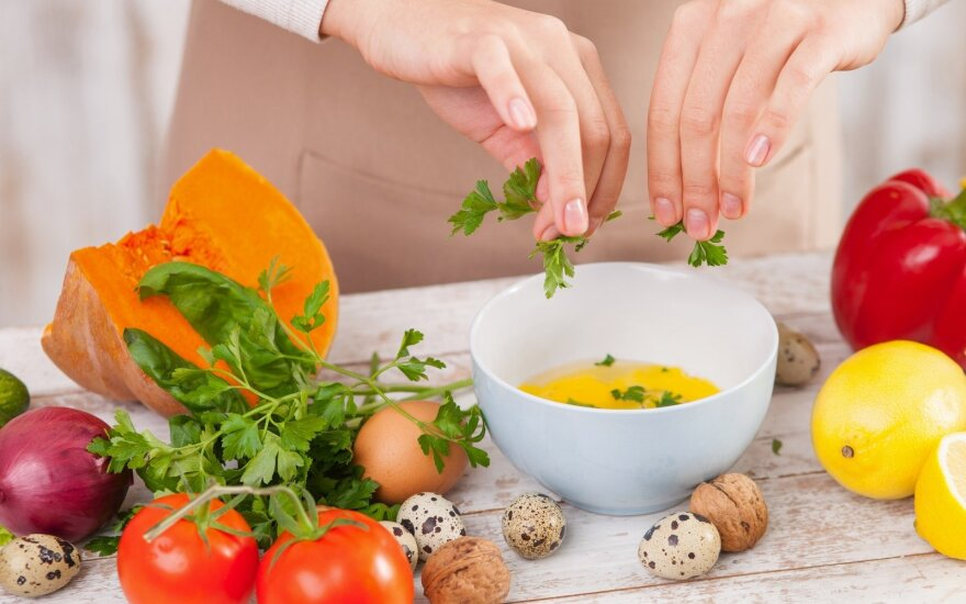 Aštuoni maisto deriniai, kurie padės jums mesti svorį