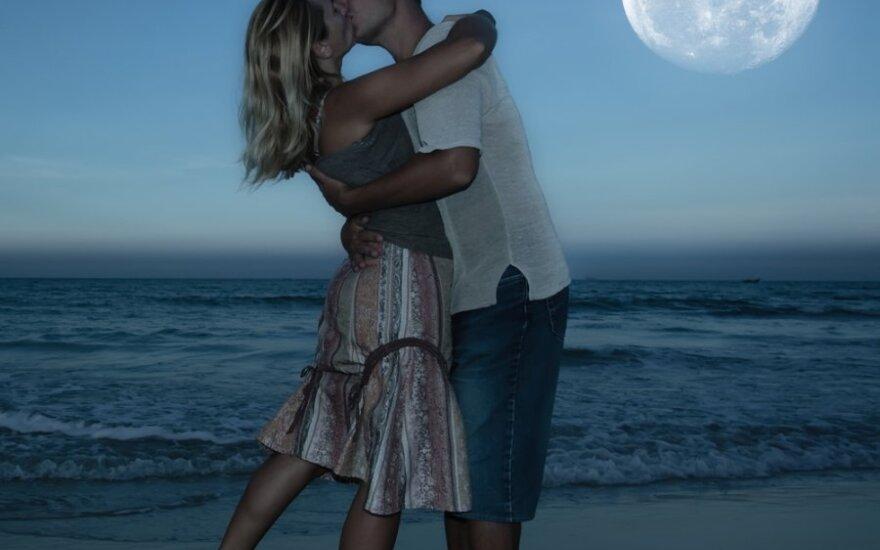 Kaip skirtingų Zodiako ženklų seksualinį gyvenimą veikia mėnulis