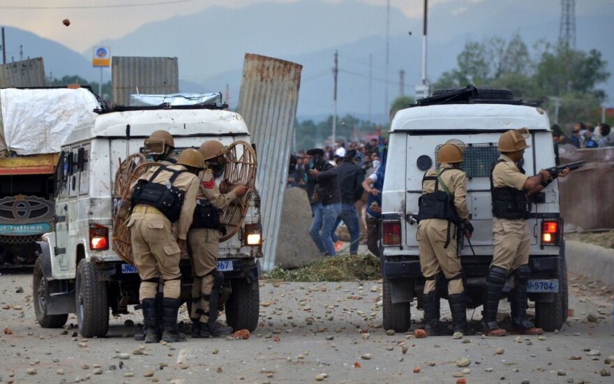 Pakistane padaugėjo mirtininko sprogdintojo atakos aukų