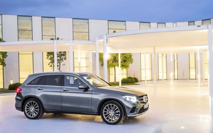 """Mercedes-Benz GLC"""