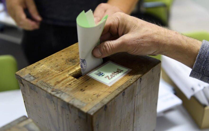 Šveicarijoje per parlamento rinkimus Žaliųjų partija sulaukė istorinės sėkmės