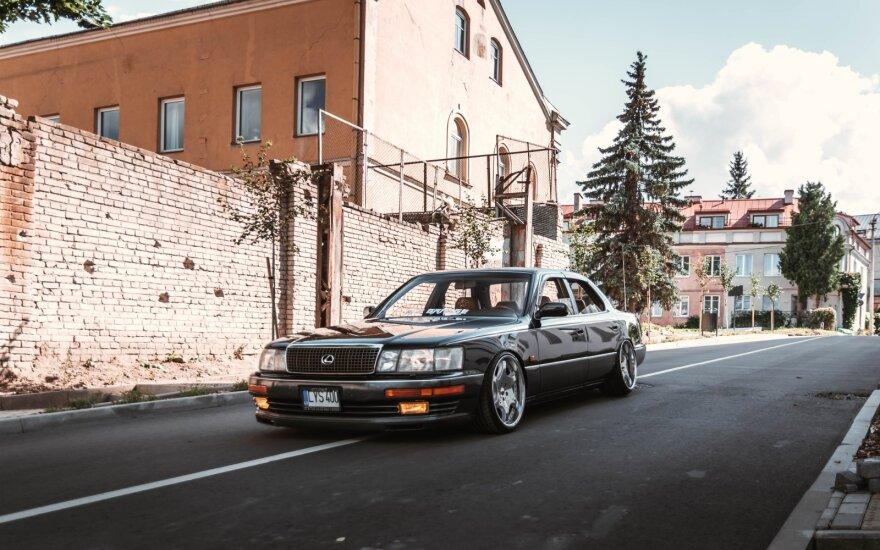 """""""Auto Bazar"""" laukia ypatinga ekspozicija: surinko įdomiausius Lietuvoje esančius japoniškus automobilius"""
