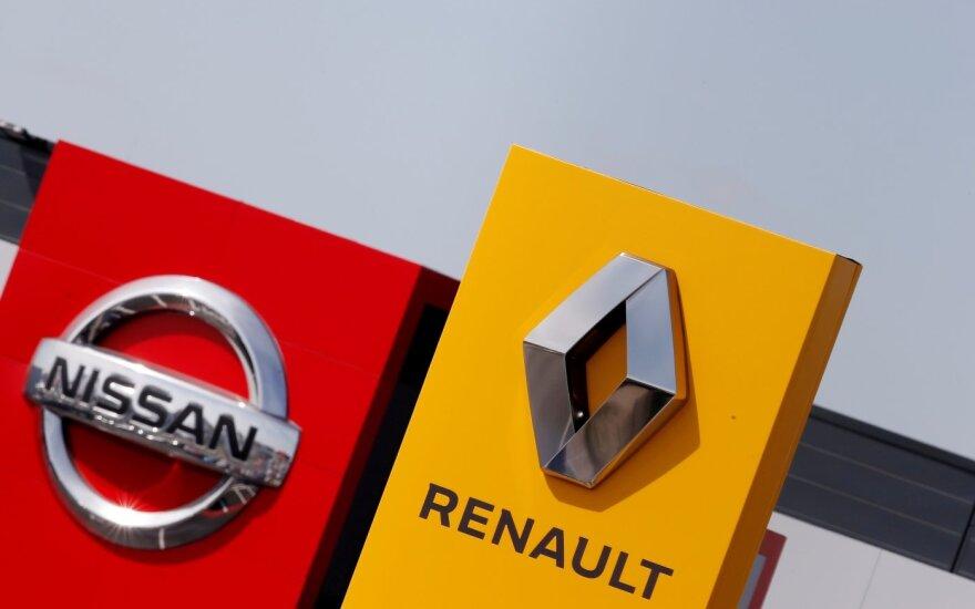 """""""Nissan"""" paneigė gandus apie byrantį aljansą su """"Renault"""""""