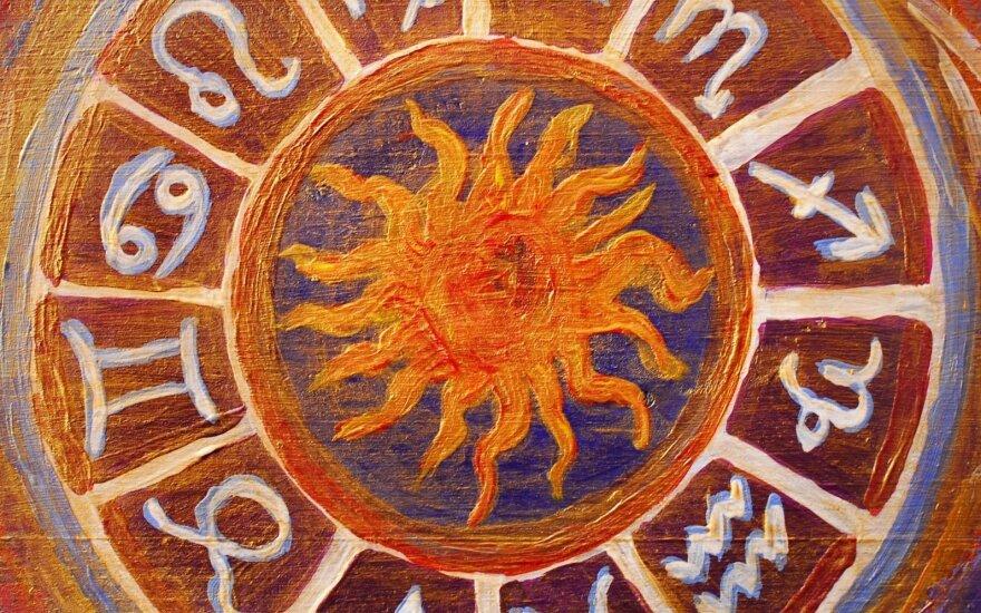 Astrologės Lolitos prognozė birželio 11 d.: diena kolektyviniams sprendimams
