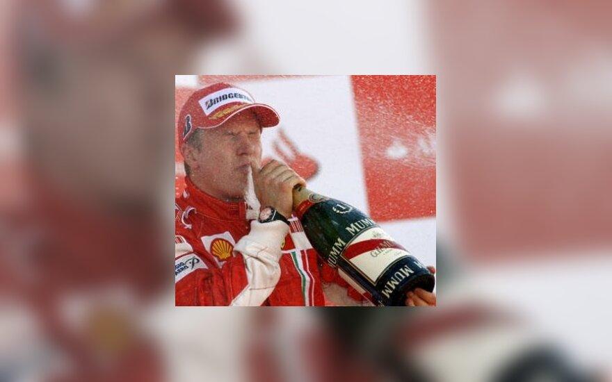 """Ferrari"": K.Raikkonenas sugrįš į viršūnę"