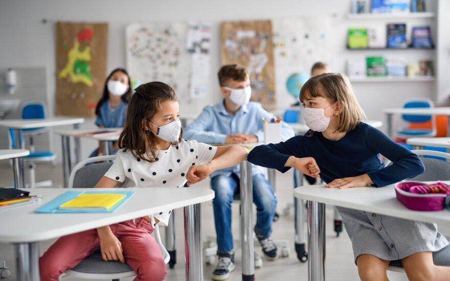 Perspėja: apsisprendus apmokestinti testus, dalis pedagogų gali išeiti iš darbo