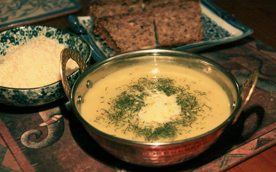 Trinta cukinijų ir bulvių sriuba