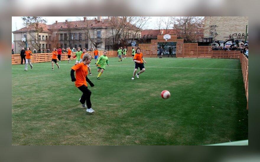 Simono Daukanto mokyklos nauja sporto aikštelė