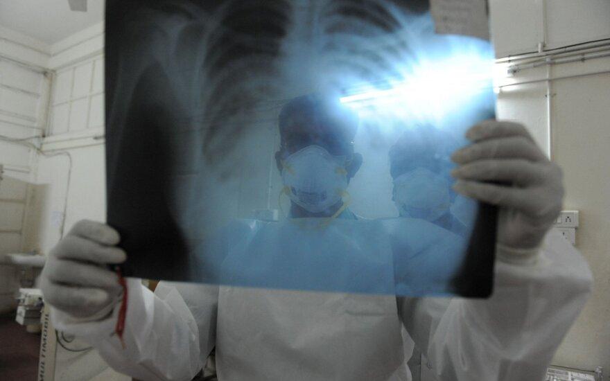 Lenkijoje mirė pirmoji kiaulių gripo auka