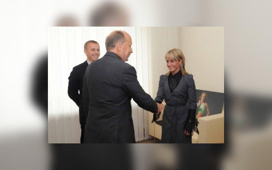 A.Kubilius sveikina Ž.Balčiūnaitę