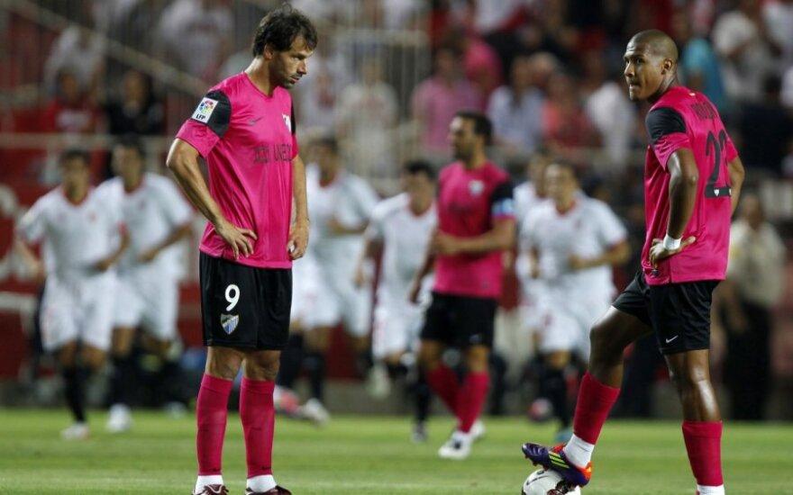 """Ruudas Van Nistelrooy'us ir Jose Salomonas Rondonas (""""Malaga"""")"""