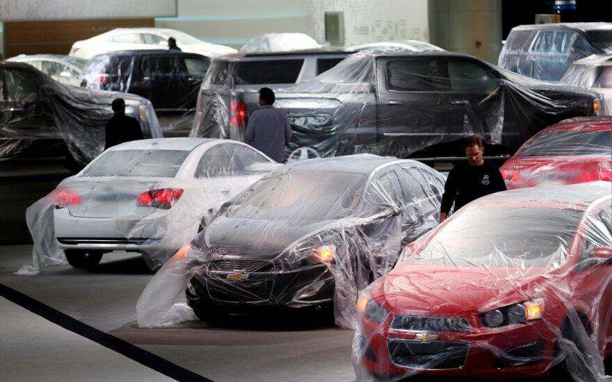 Ne visi nauji automobiliai randa savo pirkėją (asociatyvi nuotr.)