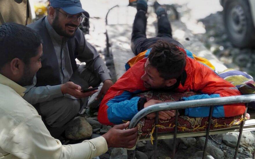 Pakistane sraigtasparniu išgelbėti šeši alpinistai