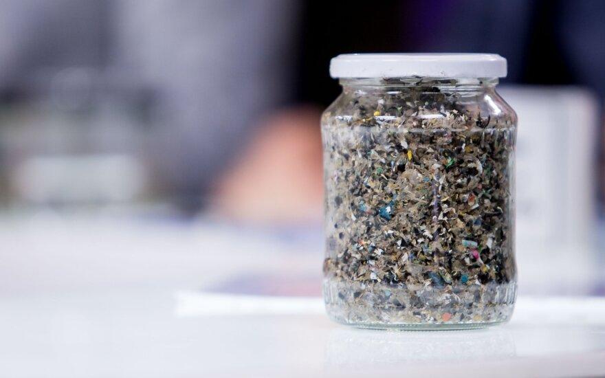Prokurorai pradėjo ikiteisminį tyrimą dėl Neries taršos plastiku sostinėje