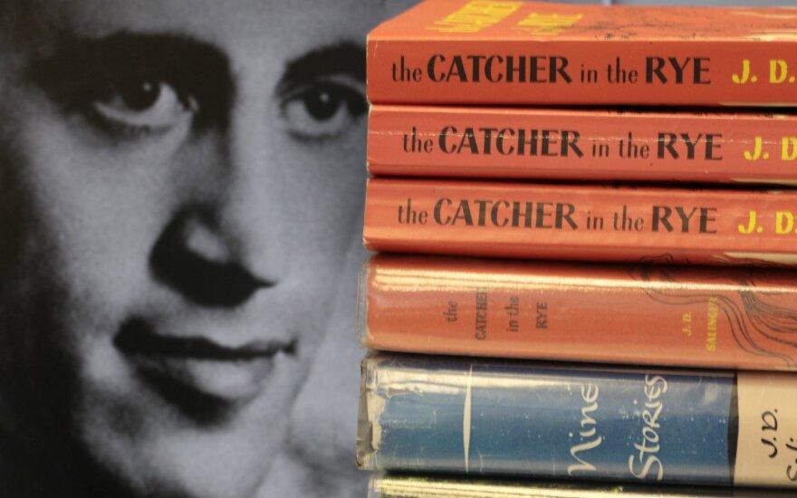 J. D. Salinger, Rugiuose prie bedugnės (The Catcher in the Rye)