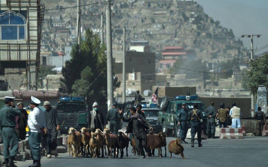 Afganistano talibai tvirtina susitikę su JAV ir Pakistano pareigūnais
